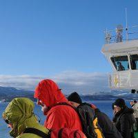 Gruppe auf Hurtigrutenschiff