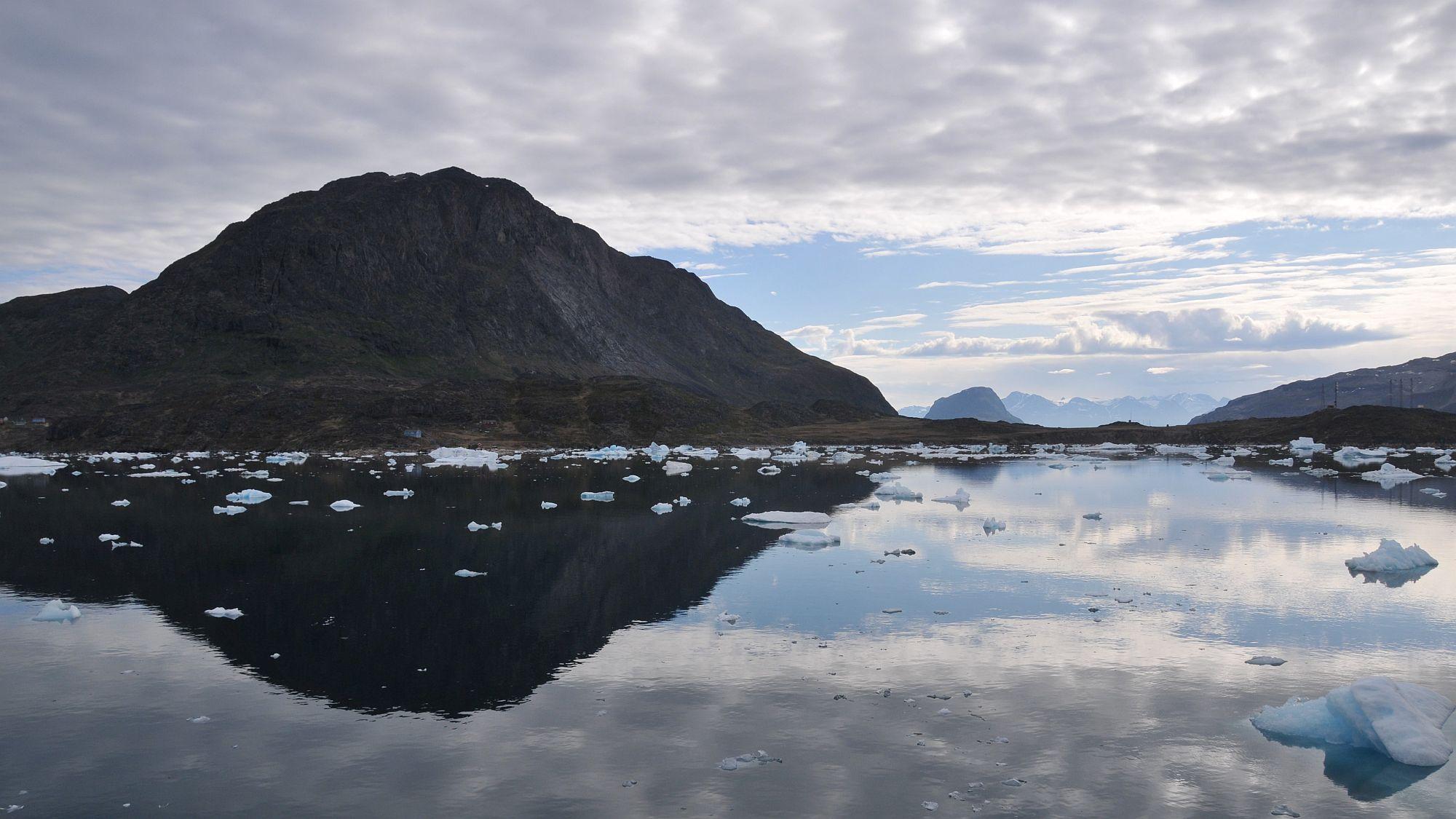 Grönland mit Eisschollen