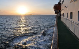 Sonnenuntergang an Bord der Hurtigruten