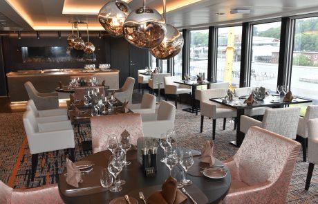 Restaurant in MS Roald Amundsen
