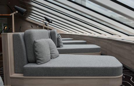 Lounge auf MS Roald Amundsen