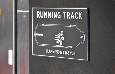 Schild Running Track