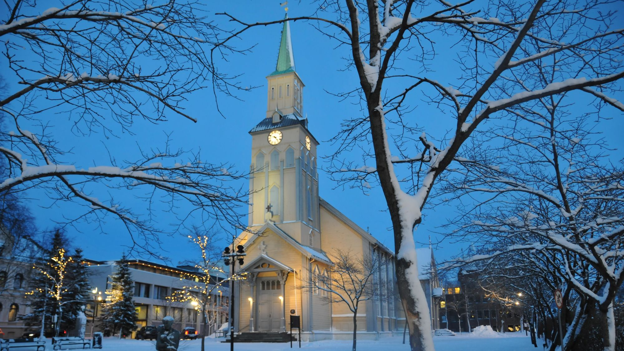 Tromsø Dom im Winter